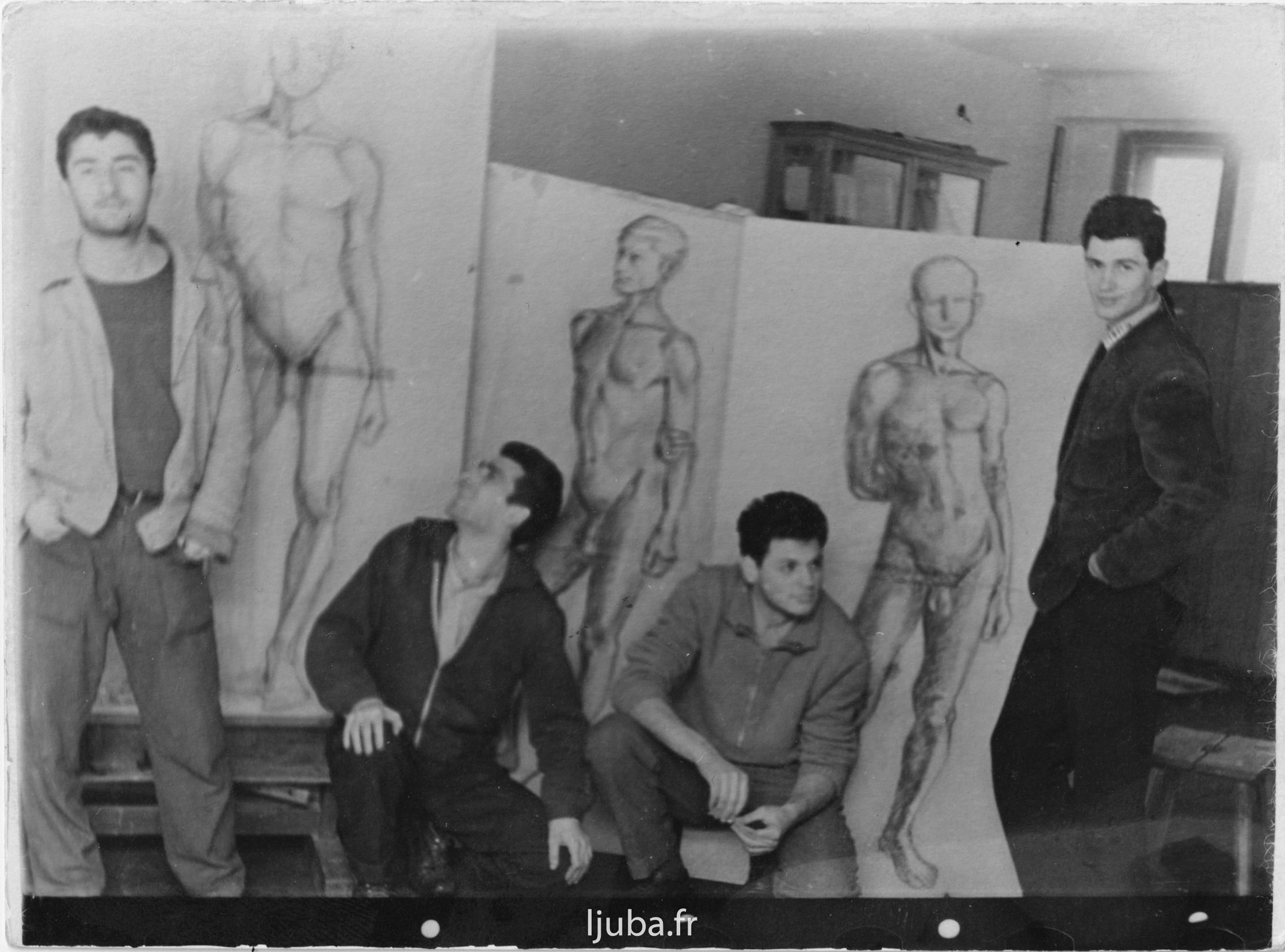 1955, Ljuba avec ses collégues_en